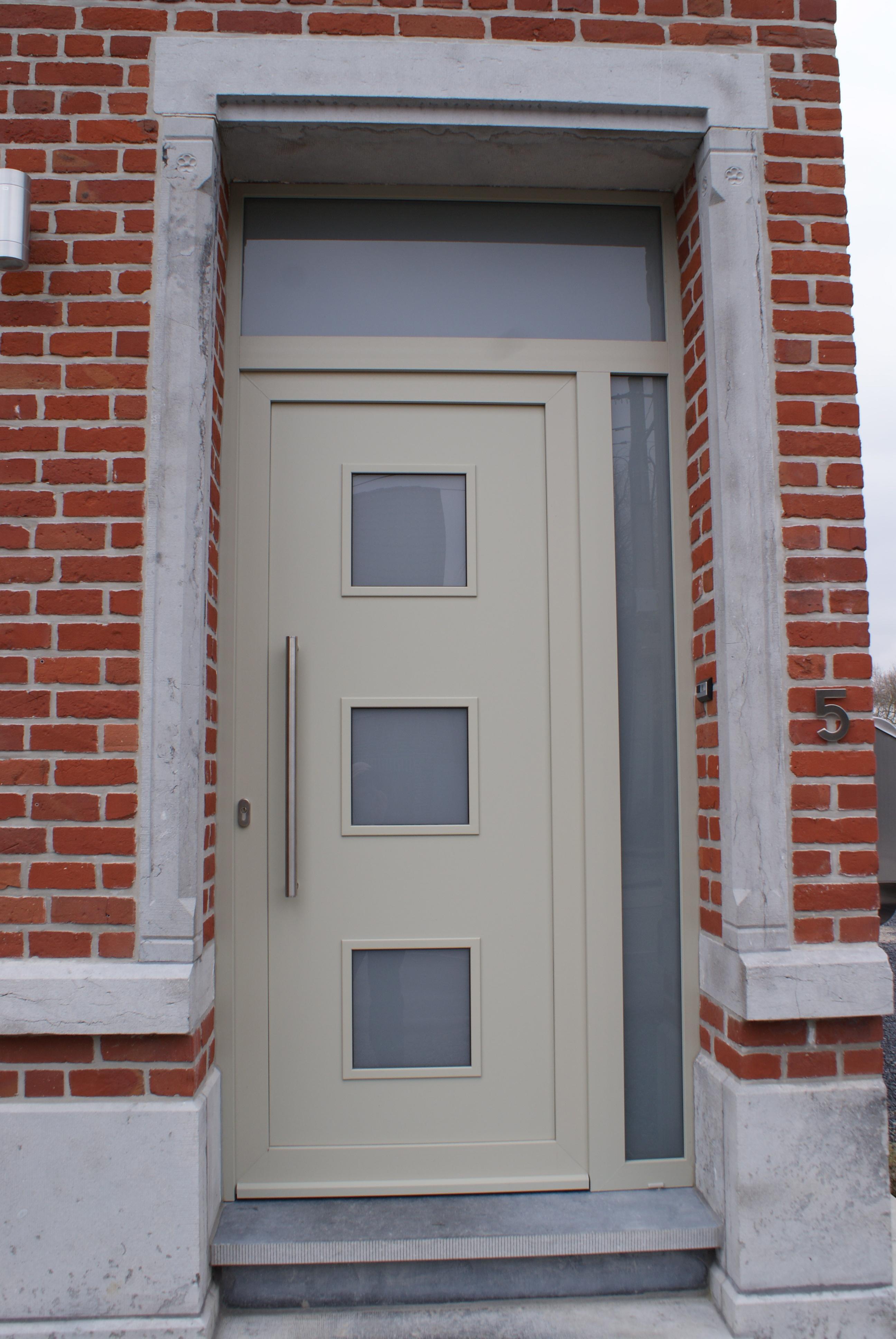 Porte PVC Tri avec décor, vitrage sablé, structuré gris gravier F732